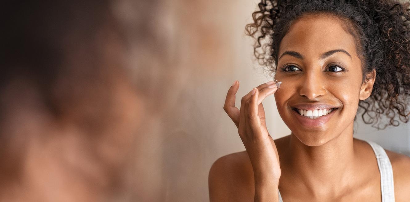 hudvard smorjer in ansiktet